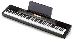 Jouer du modèle avec le modèle Casio CDP-230R