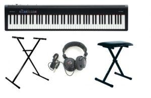Accessoires accompagnant le piano numérique Roland FP-30 Bk