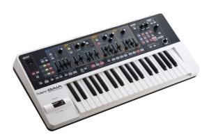 Synthétiseur Roland SH-01 Gaia