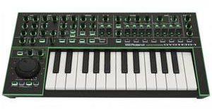 Synthétiseur Roland System-1