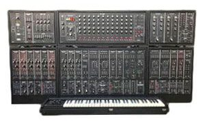 Synthétiseur Roland System-700